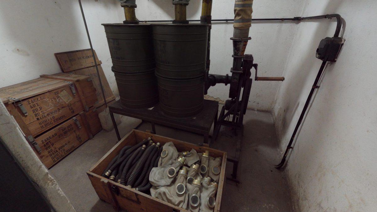 Muzeum-PRL-Podziemia-09162018_223146